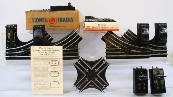 209: Lionel - Lot of 6 Switches Postwar