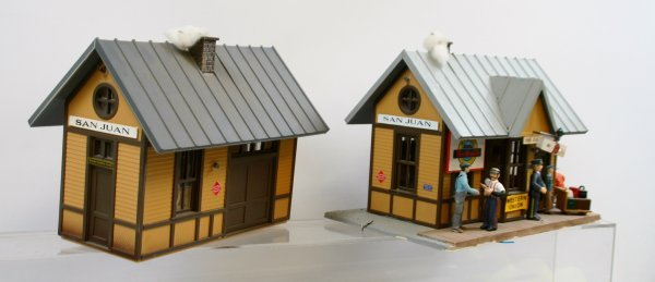 """411: LGB Piko - Lot of 2 """"G"""" Scale Buildings"""