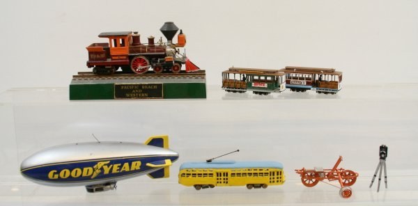 422: Lot of 7 Misc. pieces of HO Scale