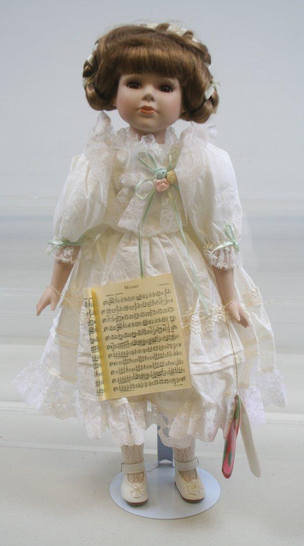 632: 632: Hello Dolly Signature Series Chelssa Porcelai