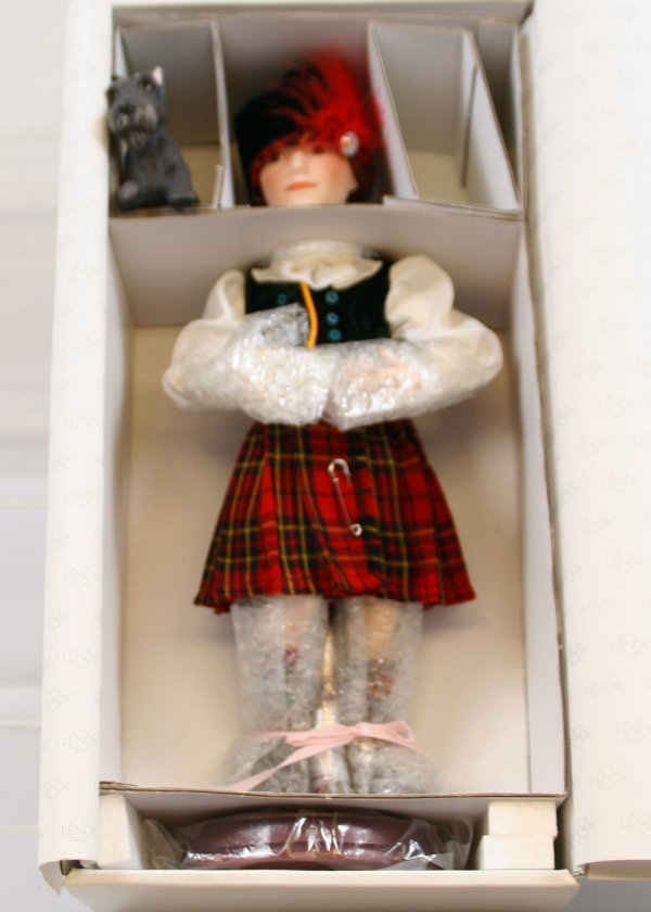 636: 636: Lenox Collection Porcelain Doll Heather, High