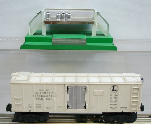 219: Lionel O Gauge 3462 Milk Car