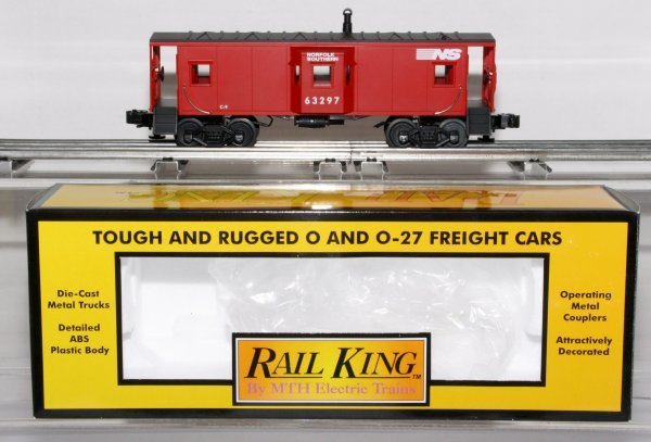 394: MTH 30-7711 Norfolk And Southern Bay Window Caboos