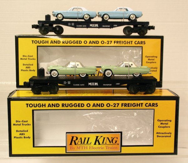 397: 2 MTH 30-7613 & 30-7617 Auto Transport Mustangs/T