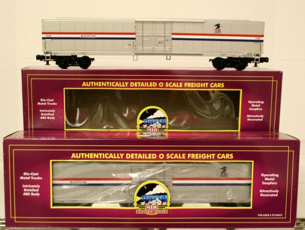 412: 2 MTH Amtrak 61' Mail Box Cars 20-93027
