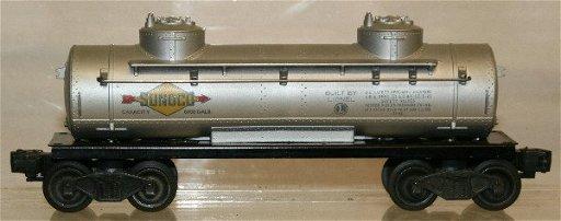 564: Lionel 6465 Sunoco 2 Dome Tank Car