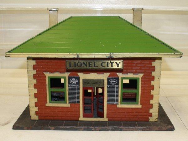 853: Lionel Prewar 122 Station