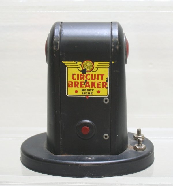 1011: Marx Circuit Breaker O Gauge