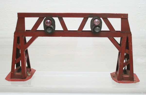 1014: O-Gauge Signal Bridge Handmade