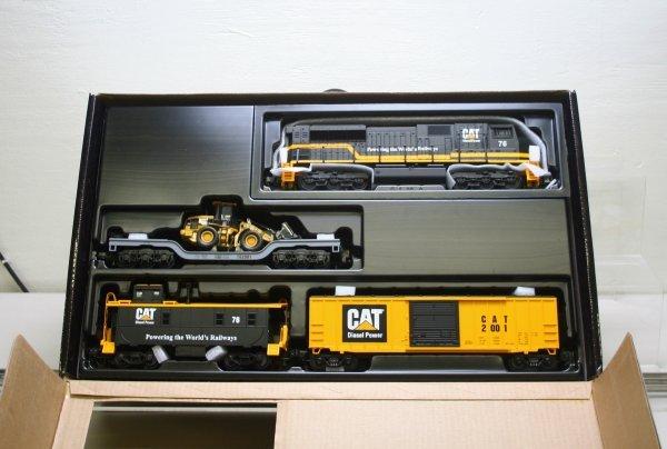 2698: MTH O Gauge Caterpillar Train Set 30-4053-1
