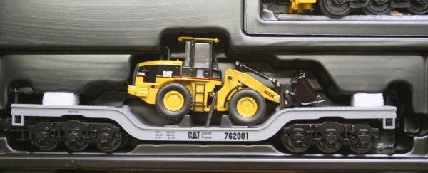 2698: MTH O Gauge Caterpillar Train Set 30-4053-1 - 3