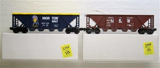 2777: Lionel O Gauge Hopper Lot 6-9114, 6-9111