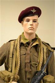 WWII BRITISH PARATROOPER COMPLETE UNIFORM AND EQUIPMENT