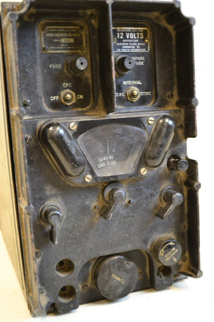 WWII US AIRCRAFT SIGNAL CORPS RADIO RECEIVER 1945