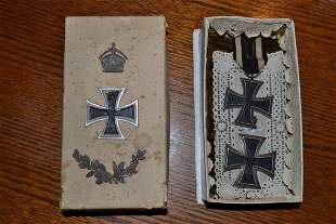 WWI IMPERIAL GERMAN IRON CROSS SET PRESERVED IN A BOX