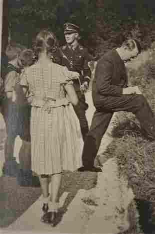 GERMAN ADOLF HITLER PHOTO POSTCARD 1936 OLYMPICS