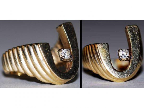 309: 14kt Gold Diamond J Initial Ring