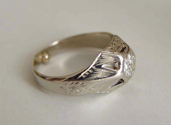 1024: 14kt Gold Art Deco Old Miner Diamond Ring