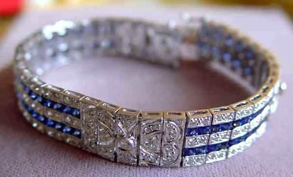 1334: 18kt Gold 5.5ct Diamond 4ct Sapphire Bracelet