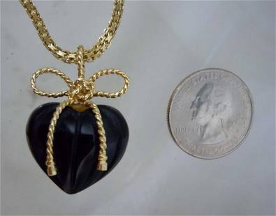 Vintage 14Kt Yellow Gold 3D Onyx Puffy Heart Pendant