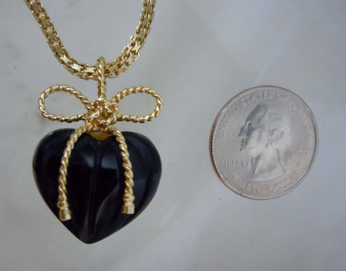 Vintage 14Kt Yellow Gold 3D Onyx Puffy Heart Pendant,