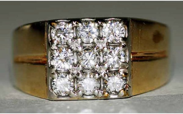 1017: 14kt Gold 1ct Diamond Ring G-H Color VS Clarity