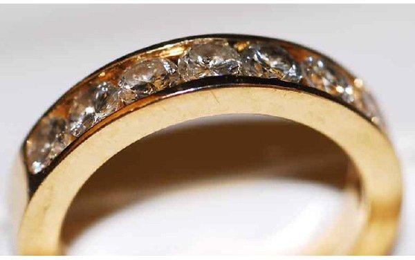 1018: 14kt Gold 1ct Diamond Ring H Color VVS Clari