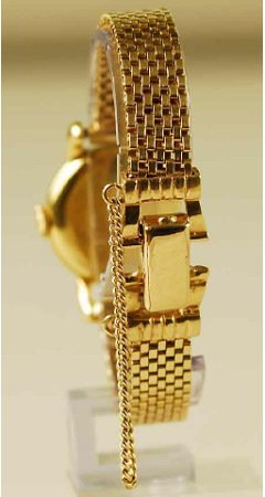 1239: 18kt Gold IWC Lady's Watch 14kt Gold Mesh Band    - 2