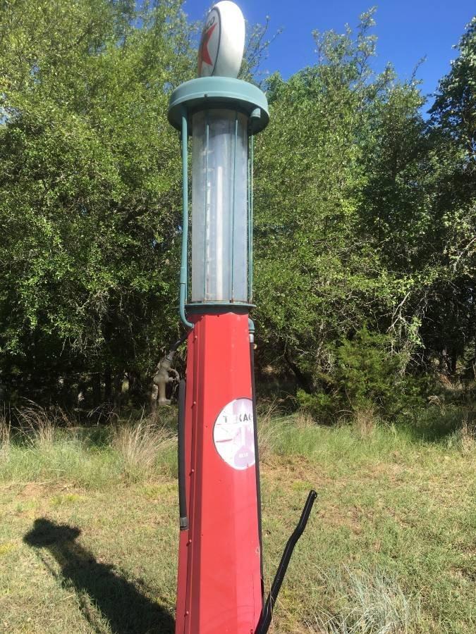 ANTIQUE 10 GALLON VISIBLE GAS PUMP Circa 1920s - 2