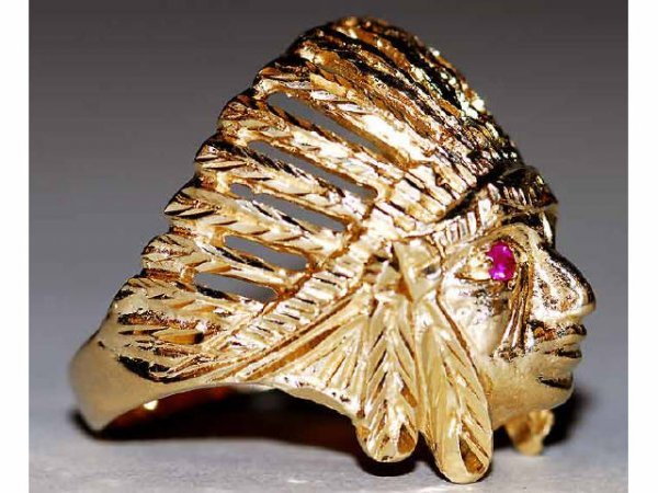 519: 14kt Gold American Indian Men's Ring Ruby Eyes