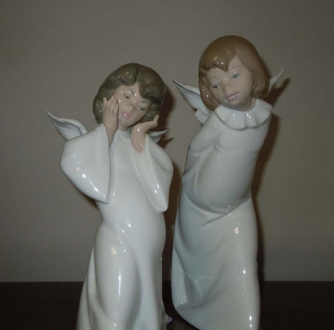 LLADRO 4959 MIME & 4960 CURIOUS ANGEL FIGURINES - 3