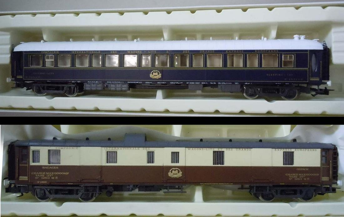 Grouping includes Vintage Rivarossi HO Gauge Trains in