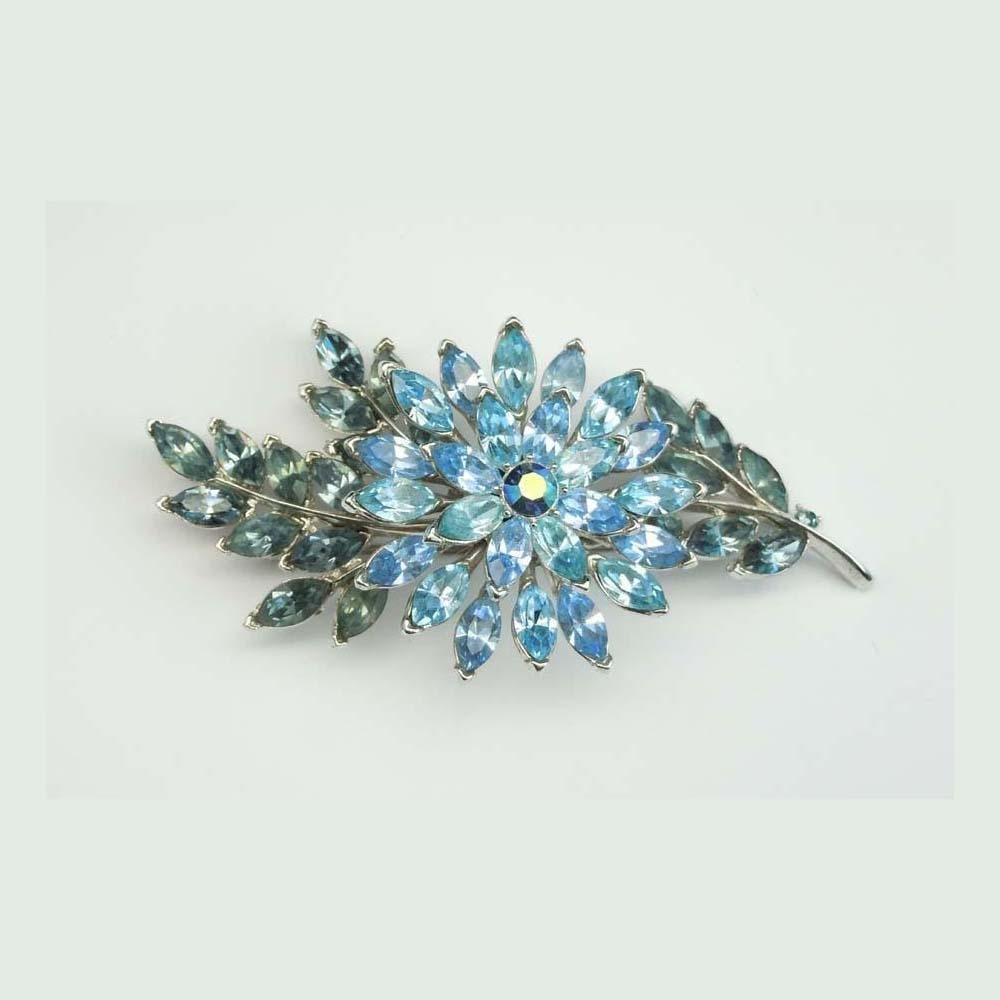 1960S CROWN TRIFARI BLUE RHINESTONE LEAF FLOWER BROOCH