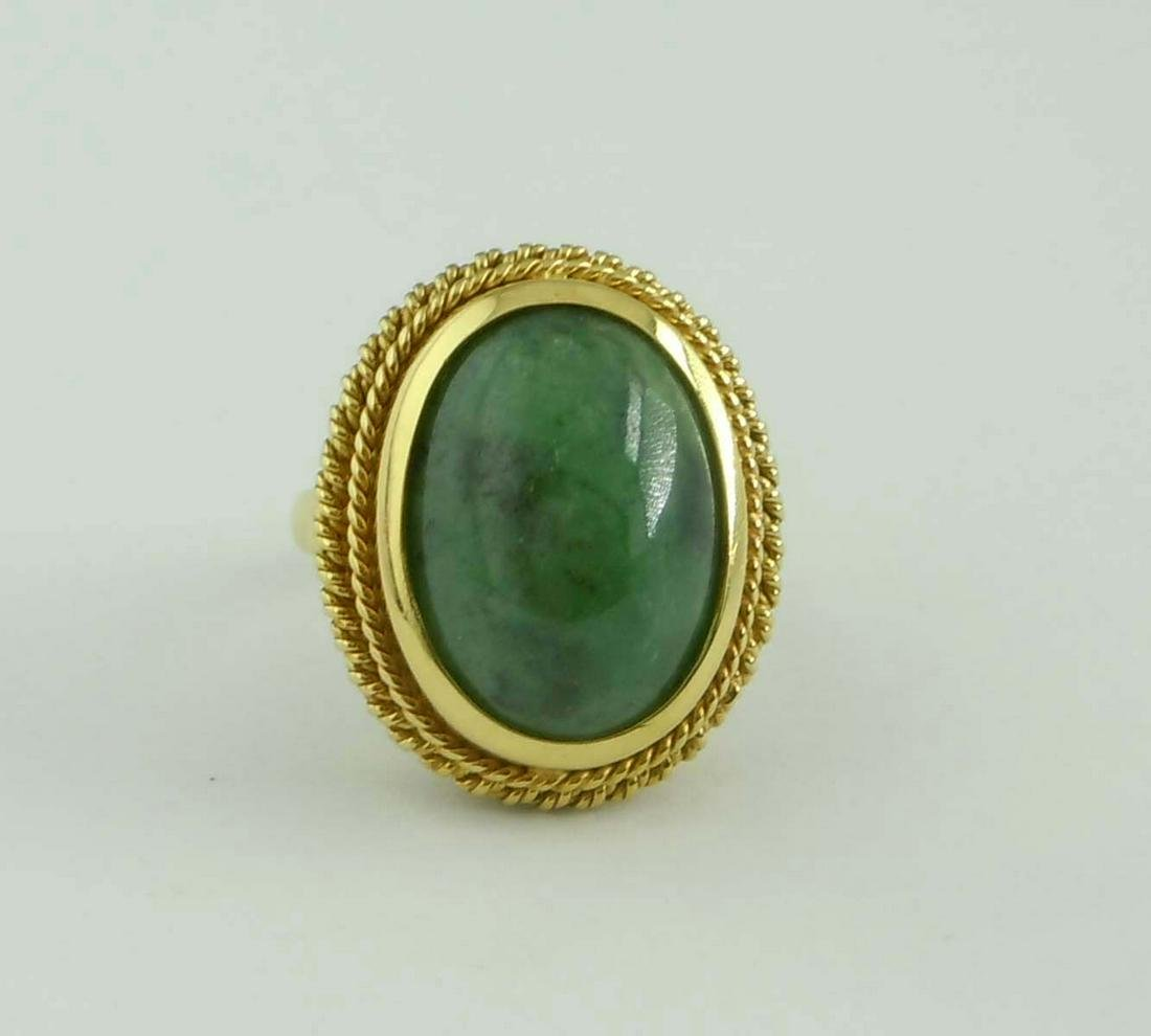 ANTIQUE 18KT GOLD SPINACH GREEN JADE OVAL CABOCHON RING