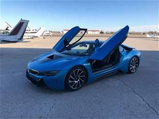 2016' BMW i8 ELECTRIC BLUE GULL WING SPORTS CAR 10K Mls