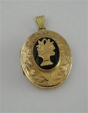 19C FLORAL ENGRAVED 14K GOLD ONYX LOCKET PENDANT 14Ct
