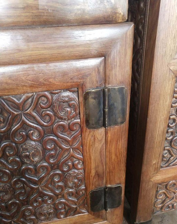 Rare Large Antique Chinese Huanghuali Wood  Cabinets - 3