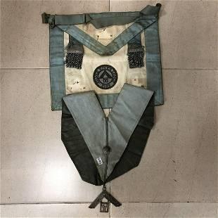 Masonic chest piece necklace and decoration set