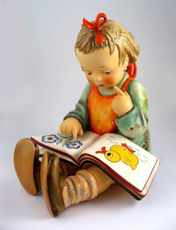 112: Goebel Hummel Bookworm No. 3/II TMK 5