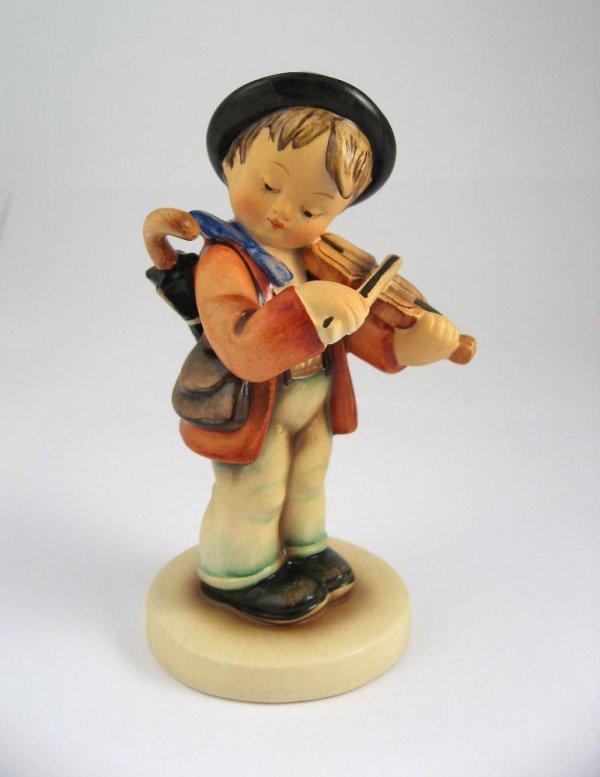 113: Goebel Hummel Little Fiddler No. 4 TMK1
