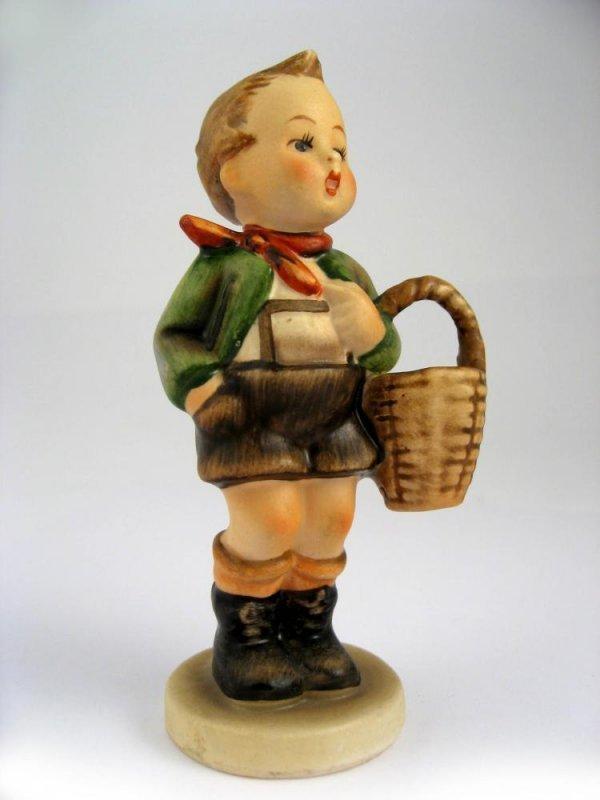 129: Goebel Hummel Village Boy No. 51 3/0 TMK2