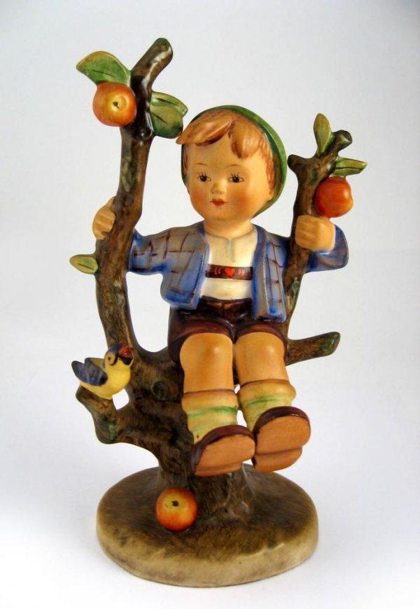 178: Goebel Hummel Apple Tree Boy No. 142/I TMK1