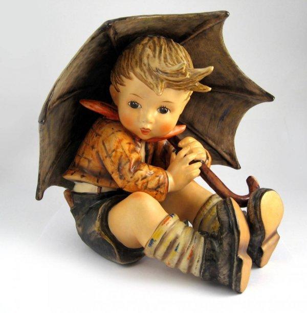 183: Goebel Hummel Umbrella Boy No. 152/0 A TMK5