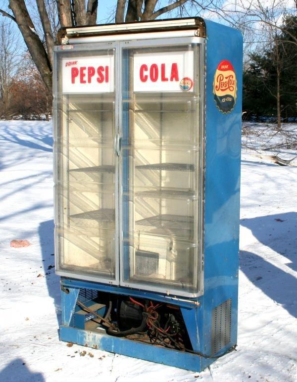 801: 1955 Pepsi-Cola Choice Vending Visa Cooler