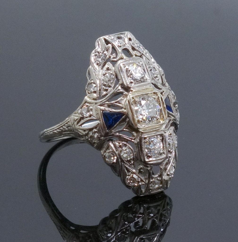 1920s Art Deco Platinum Diamond Sapphire Filigree Ring