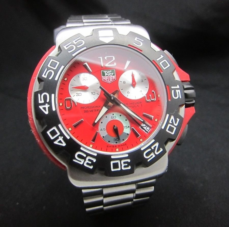 TAG HEUER FORMULA 1 CHRONOGRAPH CAC1112 RED WATCH
