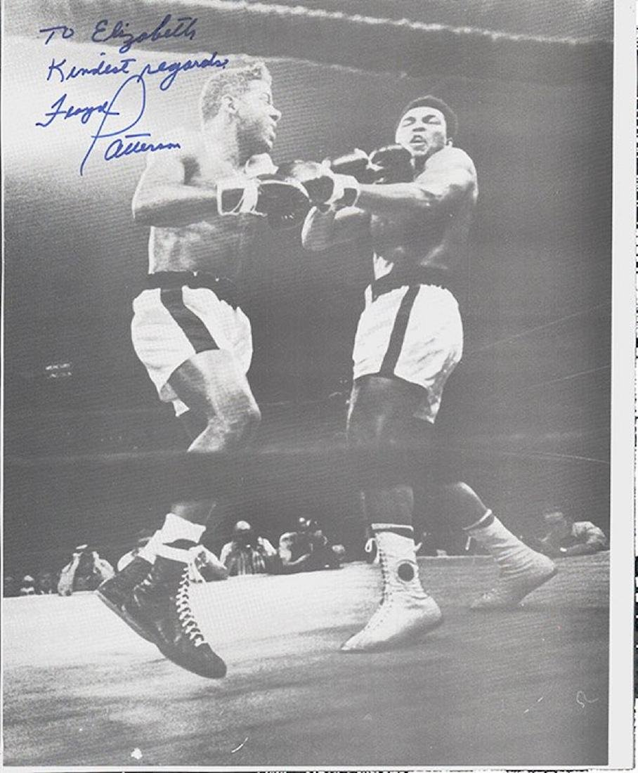 FLOYD PATTERSON 8 X 10 SIGNED PAPERSTOCK PHOTOGRAPH