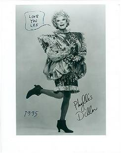 Phyllis Diller 8x10 Signed black and white photograph