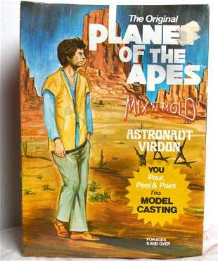 PLANET OF THE APES MIX N MOLD ASTRONAUT VIRDON MODEL