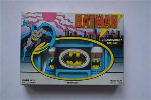 "BATMAN ""GRIMEFIGHTER 1 GIFT SET"